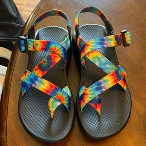 Chacos !